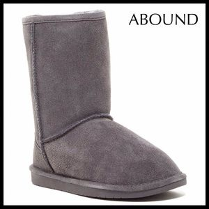 GREY SUEDE SHORT BOOTS SHEARLING LINED BOOTIES A2C